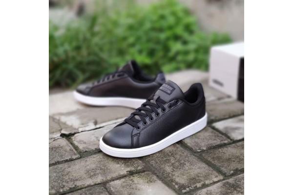 Кроссовки Adidas AW3915