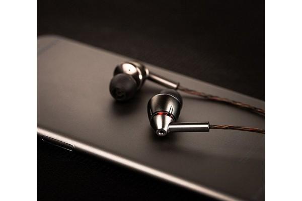 Наушники 1More Quad Driver In-Ear Headphones E1010