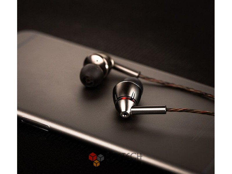 Наушники 1More Quad Driver In-Ear Headphones E1010