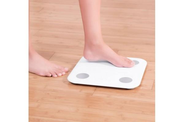 Смарт-весы Xiaomi Mi Body Composition Scale 2