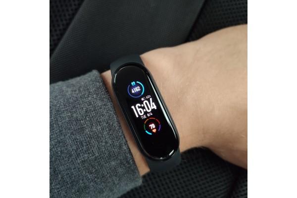 Фитнес-браслет Xiaomi Mi Band 5 EU